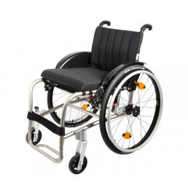 Кресло-коляска Invacare REA XLT